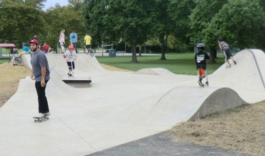 Handloff Skate Spot NEW